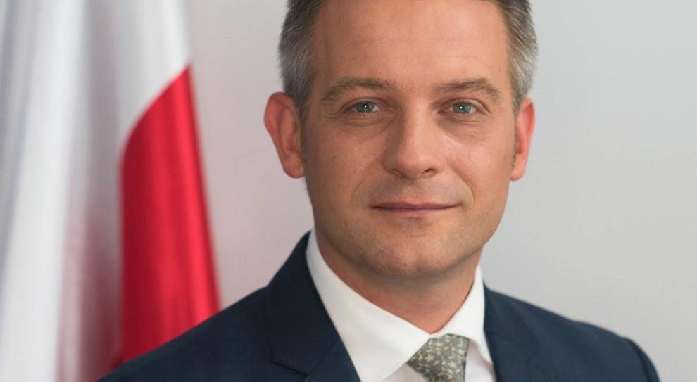 Wynagrodzenia dla posłów. Tomasz Cimoszewicz odchodzi z Platformy