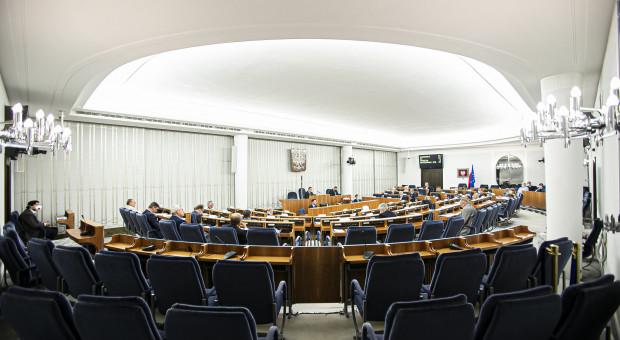 Klub senacki KO za odrzuceniem ustawy o podwyżkach