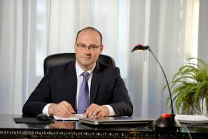 Burmistrz Kłodzka odchodzi z PO. Powodem pomysł podwyżek dla posłów