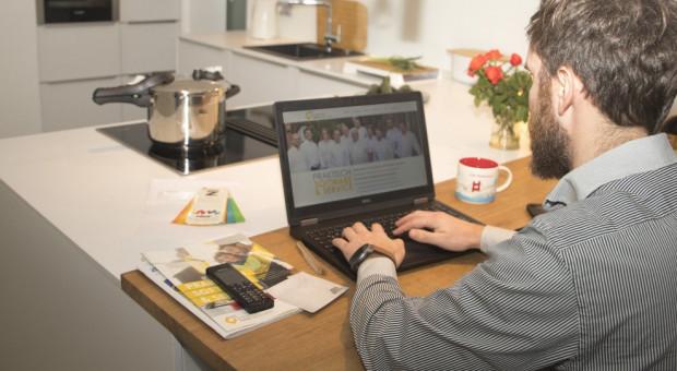 Pracownicy podzieleni w kwestii efektywności pracy zdalnej