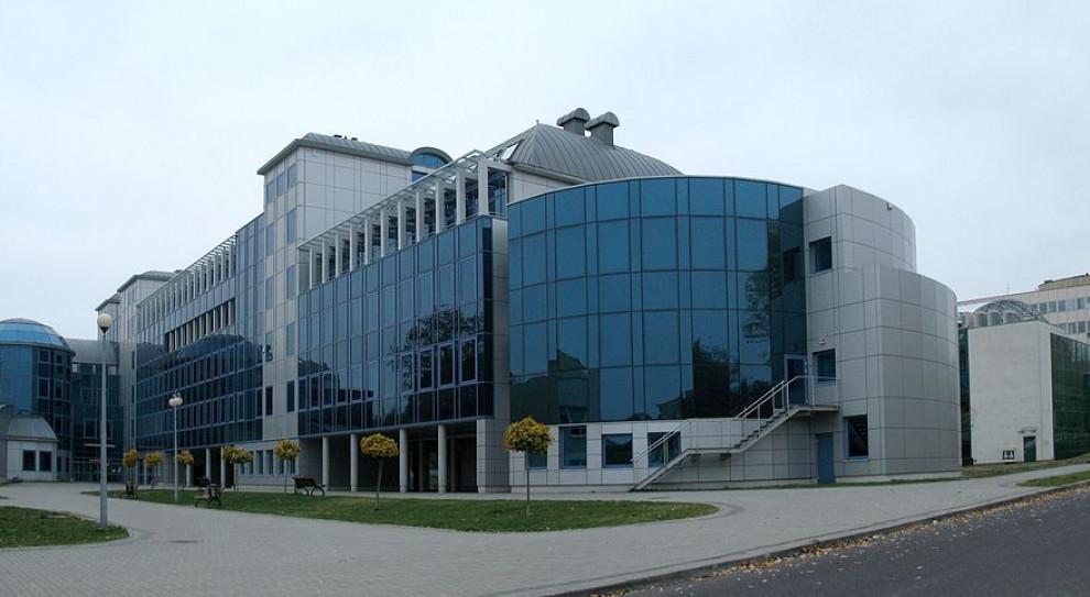 Uniwersytet Zielonogórski stawia na kształcenie na odległość