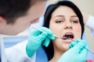 Troska WHO o zdrowie stomatologów... pozbawia ich dochodów