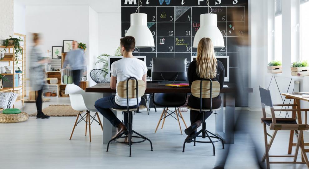Mniejsze koszty pracodawcy, większy komfort pracownika