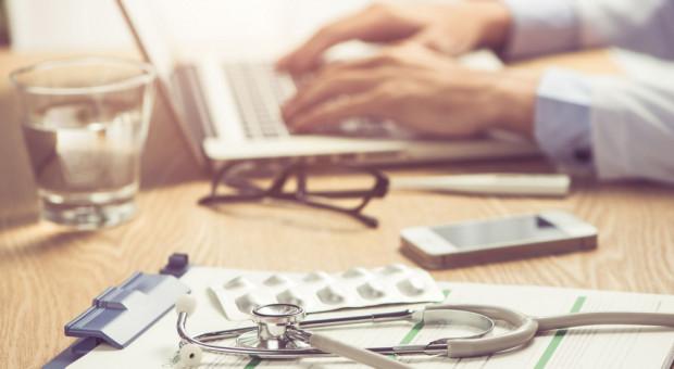 Młodzi lekarze motorem napędowym wdrażania innowacji. Ale i oni potrzebują szkoleń