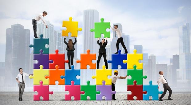 Jak przedsiębiorstwa poradziły sobie z pierwszą fazą kryzysu? Jest raport