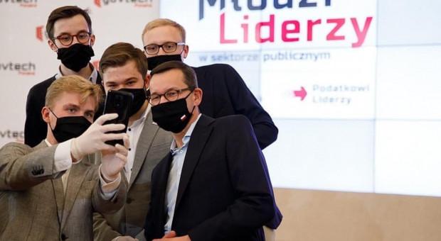 Premier: państwo, które chce być nowoczesne musi zaufać młodym