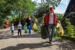 Ponad 400 kilogramów śmieci, czyli sprzątanie świata w wykonaniu pracowników Kauflanda