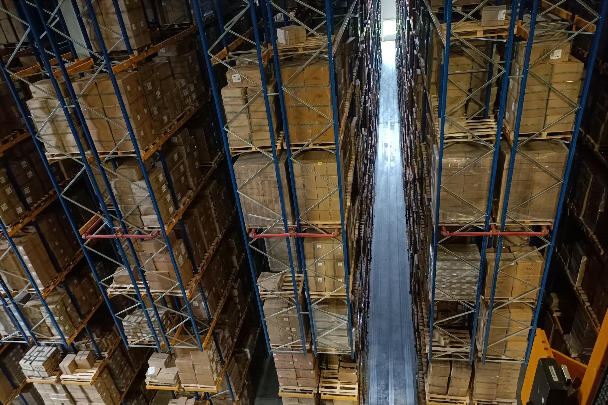 W sumie centrum logistyczne CCC w Polkowicach to magazyny o powierzchni ponad 110 tys. mkw., które mogą pomieścić 20 milionów par butów i torebek plus różnego rodzaju akcesoria. Fot. PTWP