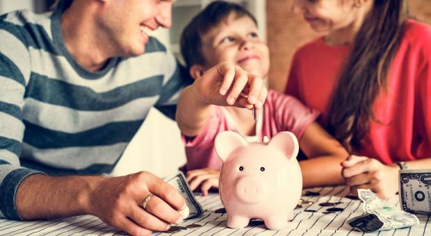 Dochody rozporządzalne Polaków coraz wyższe. Koronawirus może tu jednak namieszać