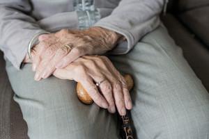 Świadczenie honorowe dla 100-latków zbyt wysokie?