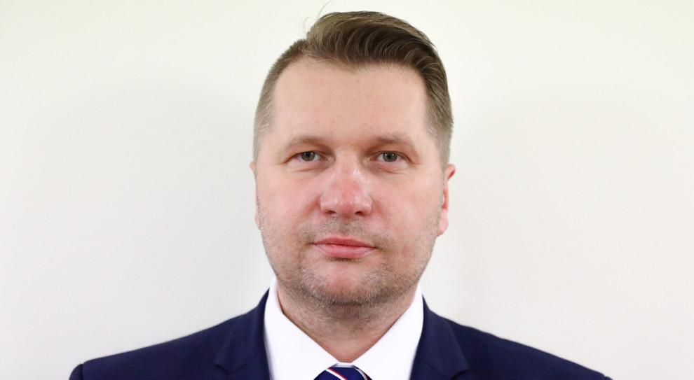 Wykładowca UW złożył pozew przeciwko Przemysławowi Czarnkowi
