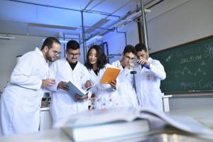 NAWA przyznała stypendia dla zagranicznych naukowców