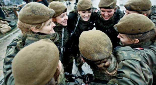 Wojsko wstrzymuje szkolenia rezerwy i żołnierzy obrony terytorialnej