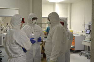 Wojewoda śląski skierował 132 osoby do pracy w związku z epidemią, 61 osób ją podjęło