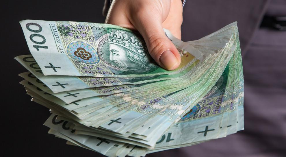 Ponad 1 mln zł rodznie - tyle zarabia większość zarządzających głównymi spółkami GPW
