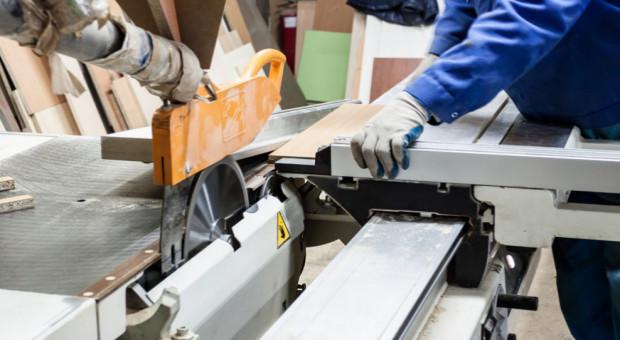 Polska gospodarka wciąż potrzebuje rąk do pracy