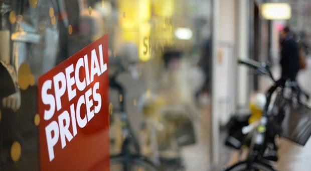 Branża handlowa marnuje pieniądze. Eksperci wskazali powód