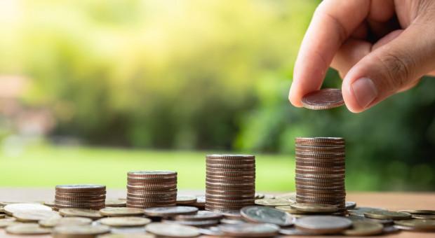 PIE: ok. 80 proc. osób zmieniłoby pracę z powodu niskiego wynagrodzenia