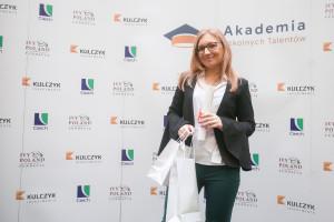 Sebastian Kulczyk i Grupa Ciech wspierają młodych. Maturzystka dostała się na prestiżowe studia