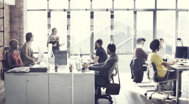 Sektor nowoczesnych usług apeluje o zmiany w prawie. Oto lista postulatów