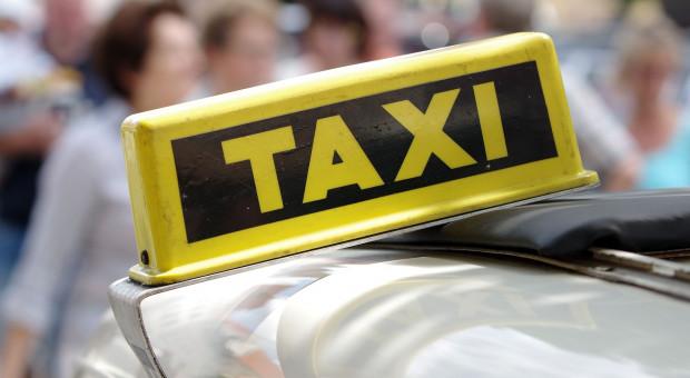 Taksówkarze strajkują. Domagają się pomocy państwa
