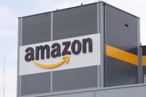 Amazon otwiera nowe centra dystrybucji i szuka pracowników