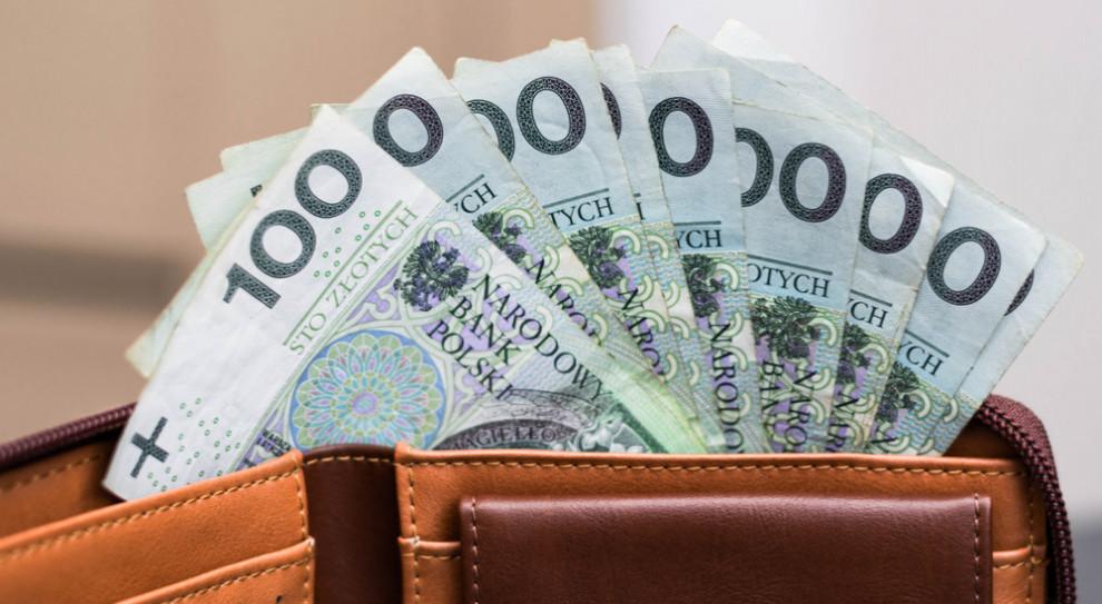 Mniej dynamicznie, ale pensje nadal rosną. Oto dane za trzeci kwartał