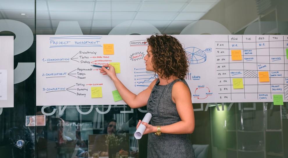 Niebawem CEO mogą zacząć poszukiwania nowych, innowacyjnych metod rozwoju swoich pracowników (Fot. Shutterstock)