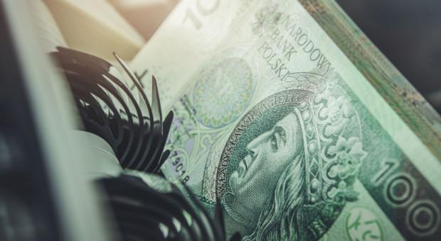 Więcej pieniędzy na ratowanie firm