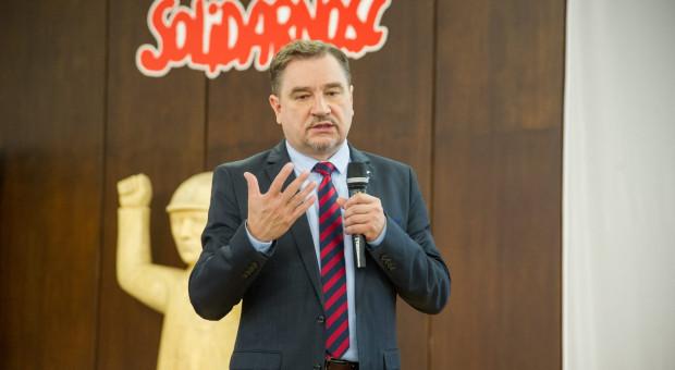 Piotr Duda: Niedziela handlowa 6 grudnia to zły pomysł