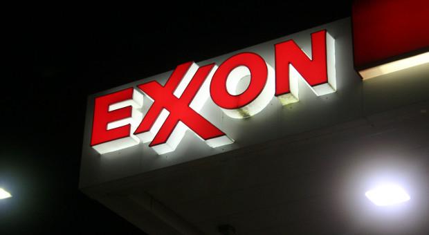 Exxon zwalnia w Kanadzie