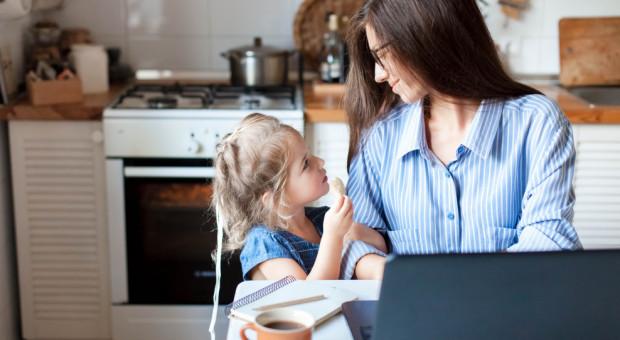 Co z zasiłkiem opiekuńczym na dzieci? Rząd przedstawił projekt rozporządzenia