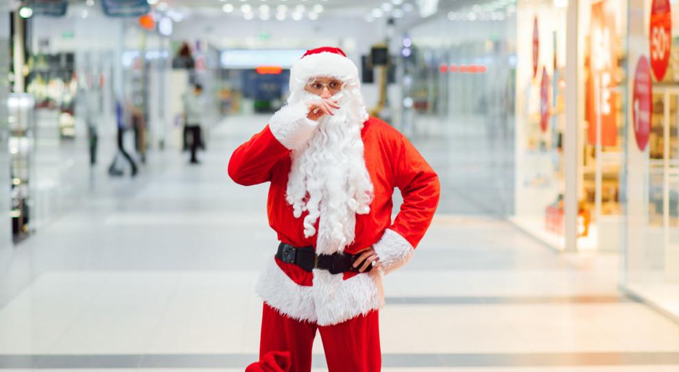 Mikołaj w maseczce, do którego nie można się zbliżyć. Reżim sanitarny wykończy świąteczne zawody?