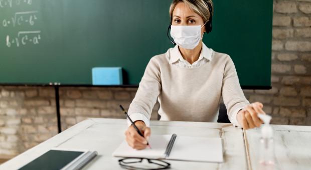 Nauczyciele zostaną przebadani pod kątem koronawirusa