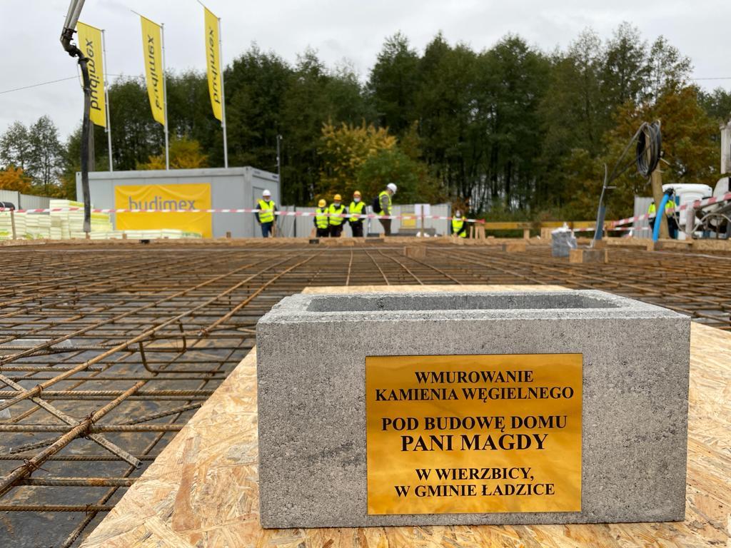 Akcja #DomZSerca. Budimex buduje dom dla pani Magdy z Radomska i jej rodziny (Fot. mat. pras.)