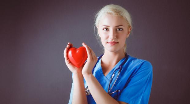 Związek zawodowy lekarzy poparł spory zbiorowe pielęgniarek