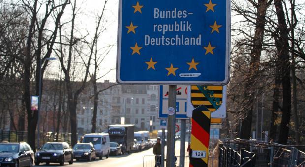 Niemiecki lockdown uderzy w polski rynek pracy i usługi
