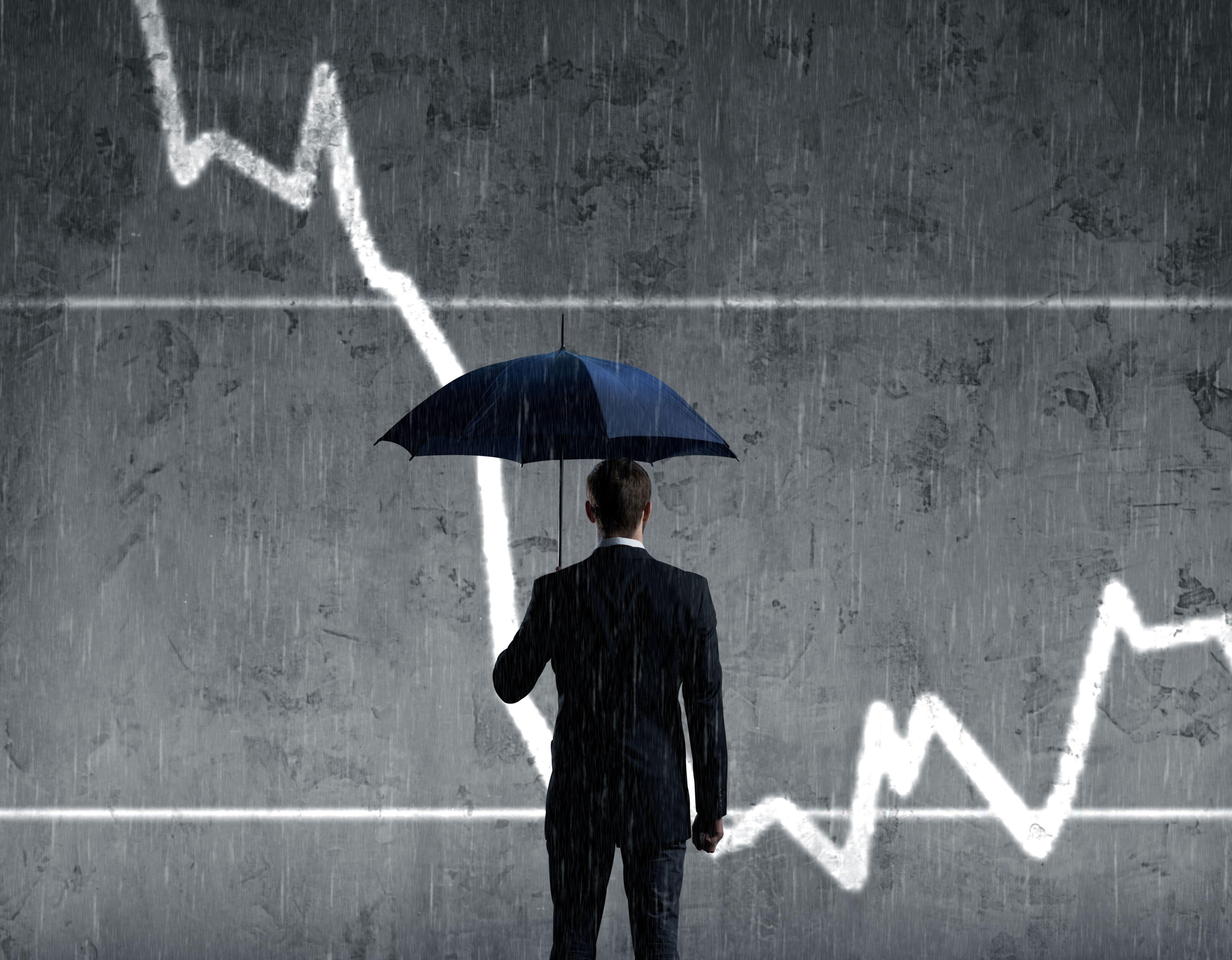 Wielu przedsiębiorców odnotowało wyraźny spadek obrotów – wywołany m.in. utratą płynności finansowej ich partnerów biznesowych czy też spadkiem poziomu zleceń. (Fot. Shutterstock)