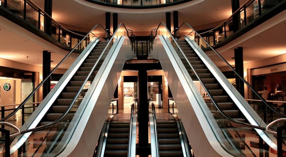 Przychody właścicieli centrów handlowych spadły nawet o 35 proc.