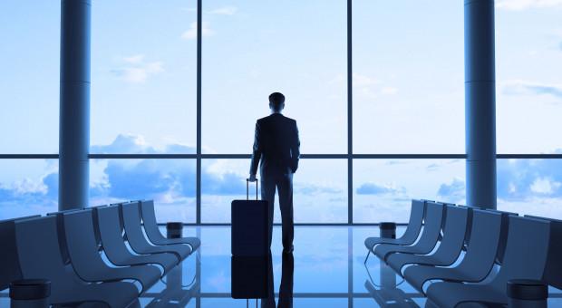 Rząd ukróci służbowe podróże