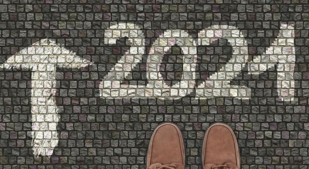 2021 rok i nowe wyzwania. Oto zawodowe postanowienia noworoczne Polaków