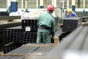 Bezrobocie stoi w miejscu, ale nowych ofert pracy coraz mniej