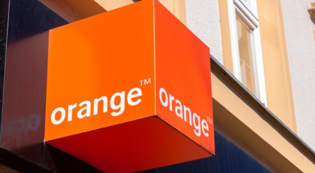 Orange zmienia plany. W 2021 r. z firmą pożegna się 920 pracowników