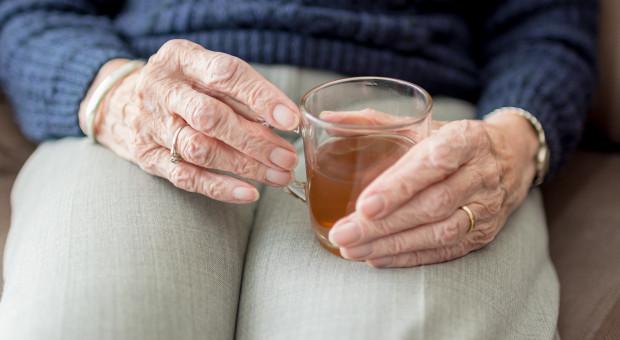 Zbliża się ważna data dla emerytów. ZUS przypomina o złożeniu wniosku