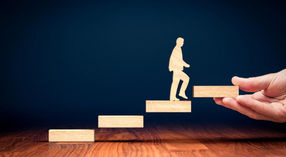 Menedżerowie średniego szczebla zagrożeni brakami kompetencji