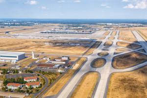 60 przypadków porażenia prądem na lotnisku w Berlinie, związek zawodowy chce jego zamknięcia