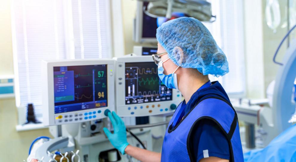 Ruszył proces ws. pielęgniarek oskarżonych o spanie podczas nocnego dyżuru