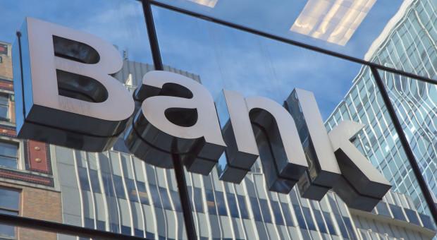 Pracownica banku podejrzana o kradzież na szkodę klientów