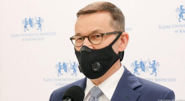 Premier: Ponad 700 mln zł z tarczy branżowej już na kontach firm