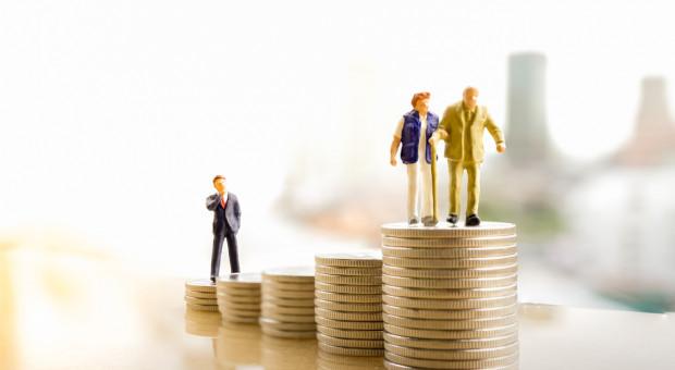 Praca na emeryturze? Polacy liczą się z tym, że będą musieli dorabiać